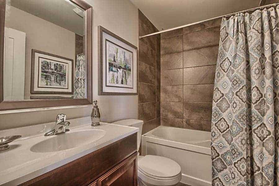 Ironstone-Condos-Model-Home-Bathroom