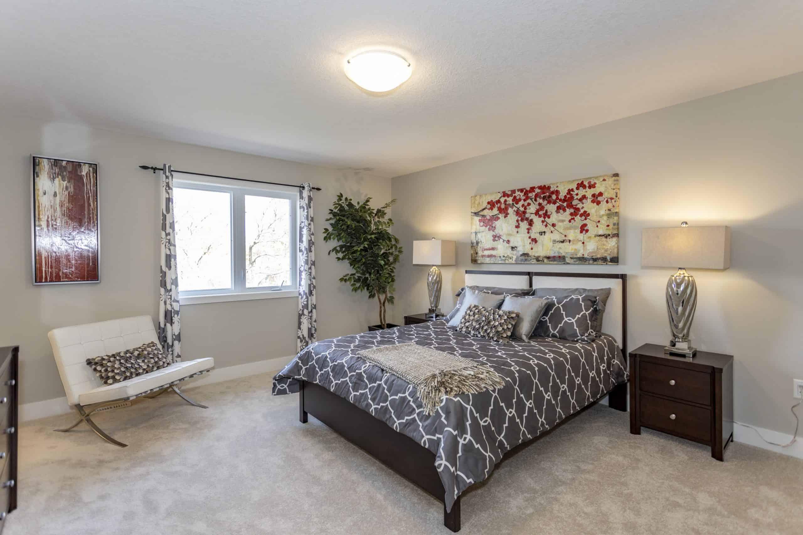 Luna-Bedroom